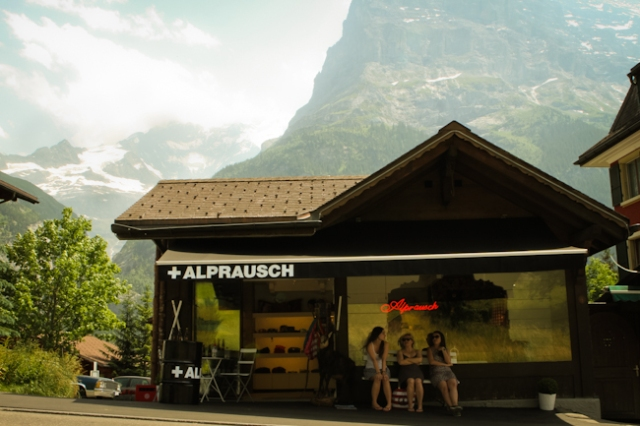 Grindelwald alprausch store